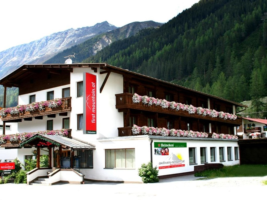 first mountain hotel Ötztal